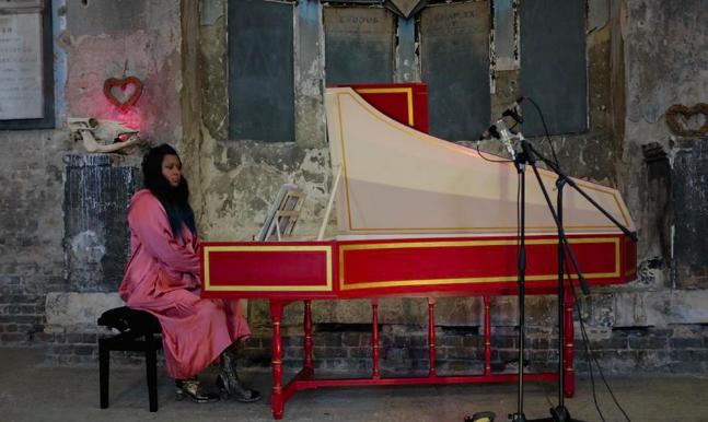 Lorraine Liyanage harpsichord